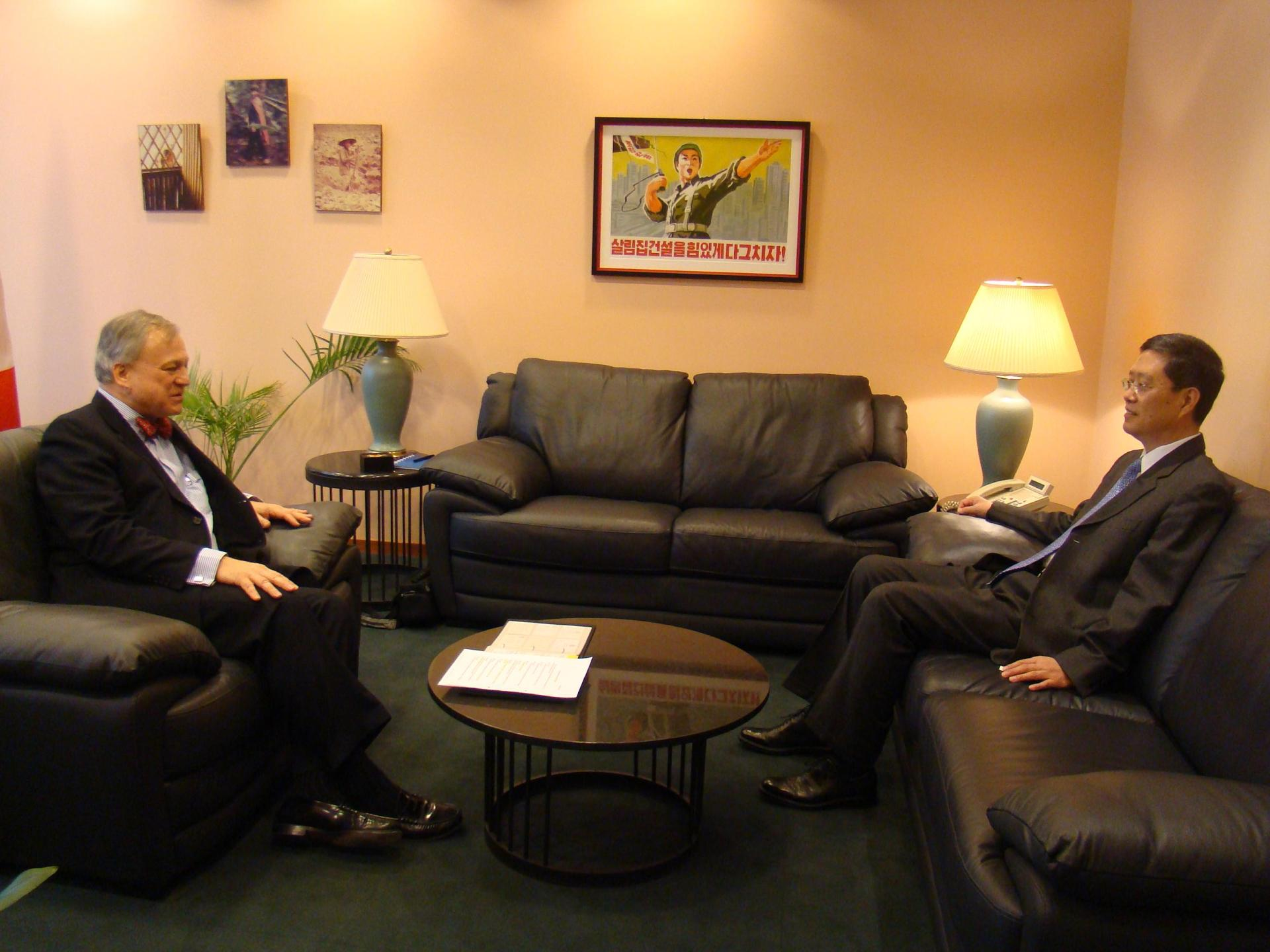 On March 18, Ambassador He Yafei paid courtesy call to Marius Grinius, Ambassador and PR of Canada.